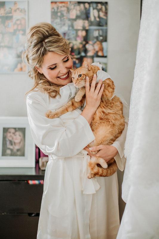 Bride's Pet